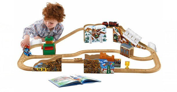 run 200 off thomas friends wooden train sets free shipping. Black Bedroom Furniture Sets. Home Design Ideas
