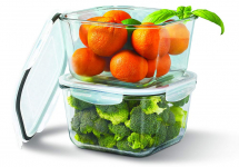 4 Piece Covered 68 Ounce Extra Large Food Storage Container Set $24.99 (REG $49.99)