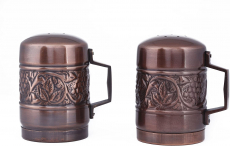 Old Dutch Antique Heritage Stovetop Salt & Pepper Set, 4″, 4″ $17.49 (REG $38.99)