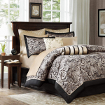 Madison Park Aubrey Queen Size Bed Comforter Set Bed In A Bag $147.94 (REG $396.25)