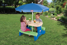 Little Tikes Easy Store Jr. Picnic Table with Umbrella – Blue / Green $41.99 (REG $69.99)