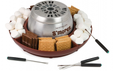Nostalgia Indoor Electric Stainless Steel S'mores Maker $24.99 (REG $39.99)
