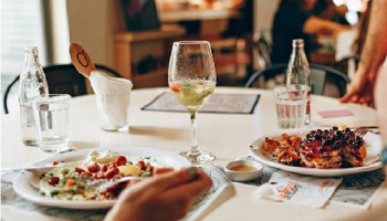 Eating Out Doesn't Have to be Expensive