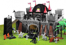 Amazon Deal! Toy Major Deluxe Castle Playset Only 11.34! Normally $49.99!