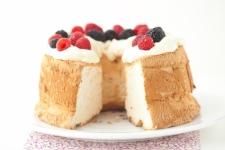 FREE Bakery Fresh Goodness Angel Food Cake at Kroger!