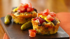 Impossibly Easy Mini Cheeseburger Pies Recipe!