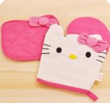 Hello Kitty Oven Mitt and Pot Holder only $5.45 Shipped!