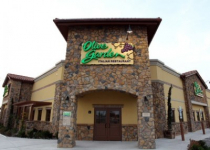 Olive Garden: Buy 1 Entree, Take 1 Home Free!